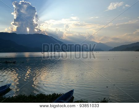 Lake View Sun Beams