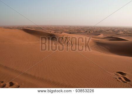 Footprints On Sand Dune In Rub 'al Khali, United Arab Emirates