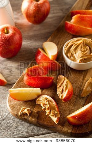 Organic Apples And Peanut Butter