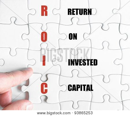 Last Puzzle Piece With Business Acronym Roic