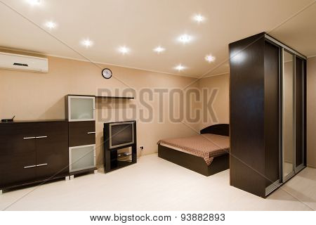 Comfortable apartment with a double bed