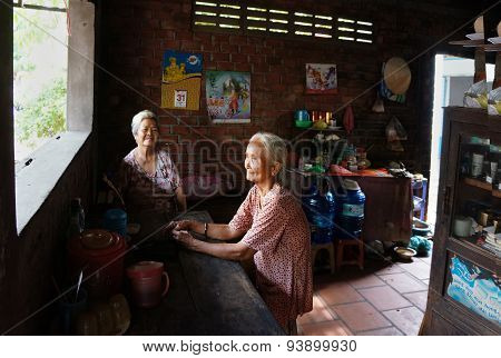 Asia Old Woman, Vietnamese Elderly