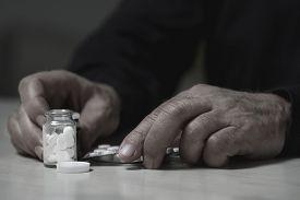 foto of overdose  - Close - JPG