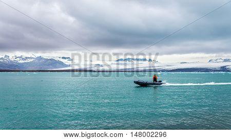 Boat in Jokulsarlon glacier lagoon - South Iceland