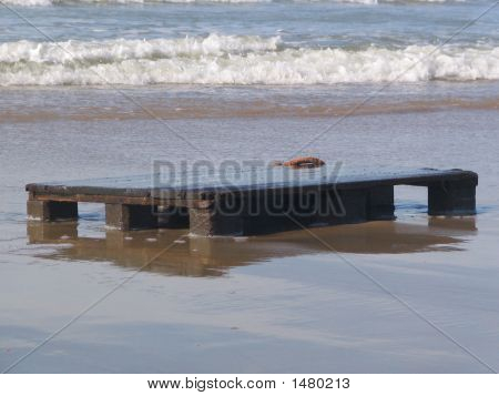 Stranded Pallet