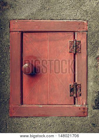 Vintage Looking Mail Box