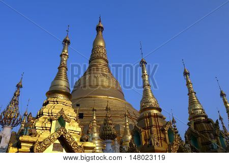 Shwedagon Pagoda by day, Yangon, Burma, South East Asia