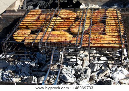 Vegetables on the grill. kebab on skewers. skewers of marinated eggplant on the grill