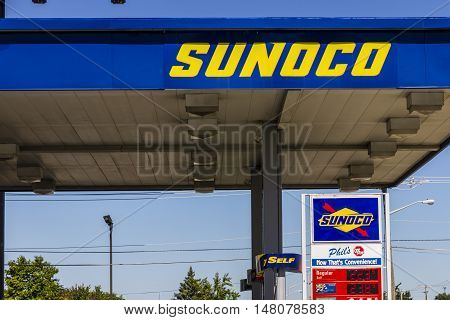 Ft. Wayne - Circa September 2016: Sunoco Retail Gasoline Location. Sunoco is a Subsidiary of Energy Transfer Partners I