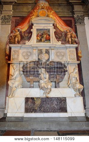 FLORENCE, ITALY: January 19, 2016 : tomb of Michelangelo Buonarroti in Santa Croce basilica on january 19, 2016, Florence, Italy