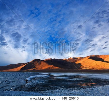 Tso Kar Salt Water Lake At Twilight In Ladakh, North India