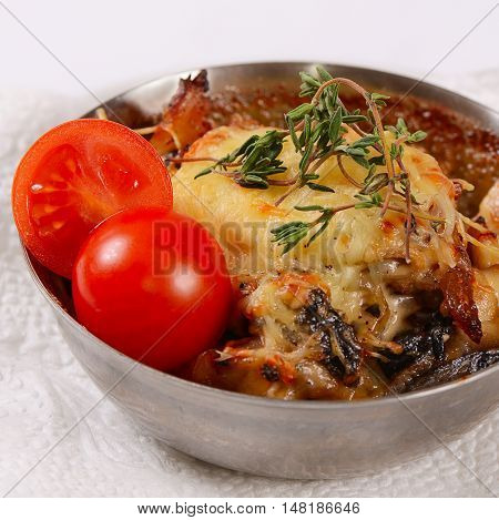 Julienne With Chicken, Mushrooms And Cheese