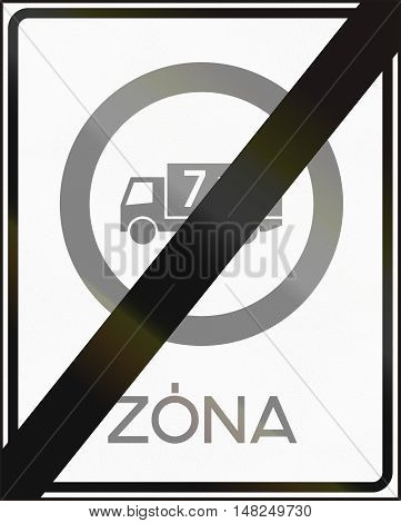 Road Sign Used In Hungary - End Of No Lorries Weighing More Than 7,5 Tons - Zone