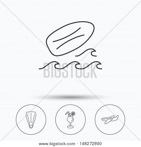 Surfboard, waves and cocktail icons. Flippers, airplane linear sign. Linear icons in circle buttons. Flat web symbols. Vector