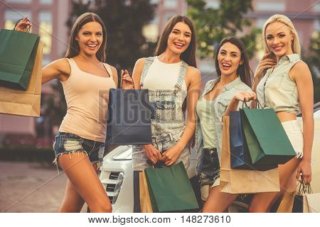 Girls Shopping With The Car