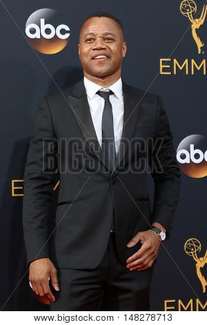 LOS ANGELES - SEP 18:  Cuba Gooding Jr at the 2016 Primetime Emmy Awards - Arrivals at the Microsoft Theater on September 18, 2016 in Los Angeles, CA