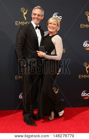 LOS ANGELES - SEP 18:  Michel Gill, Jayne Atkinson at the 2016 Primetime Emmy Awards - Arrivals at the Microsoft Theater on September 18, 2016 in Los Angeles, CA