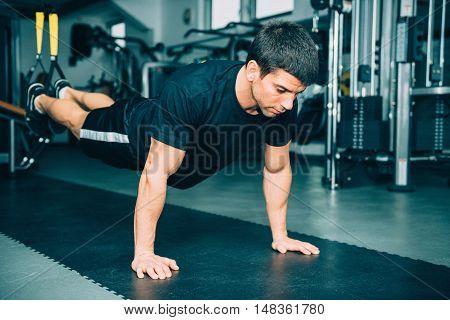 Man's Fitness - Trx Exercising