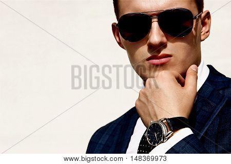handsome young man osvesch nny sun glasses