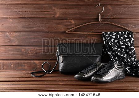 Leather Upper Metallic Trendy Womens Shoes, Scarf And Black Leather Bag