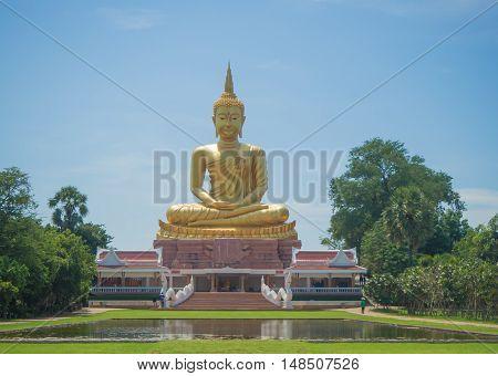 Big golden buddha statue Ubonratchatani Thailad Asia