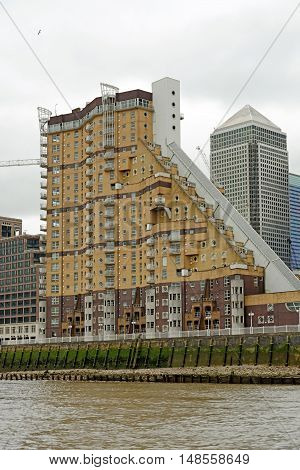 LONDON, ENGLAND - JULY 8, 2016: Cascades Tower a riverside residential estate on the Isle of Dogs Canary Wharf.