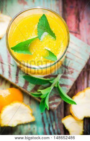 Juice From Fresh Oranges Leaves Stevia