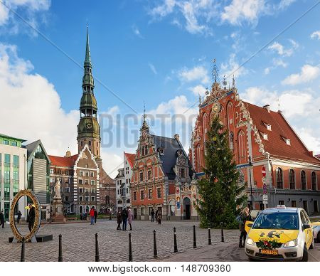 Taxi Near House Of Blackheads And Christmas Tree In Riga