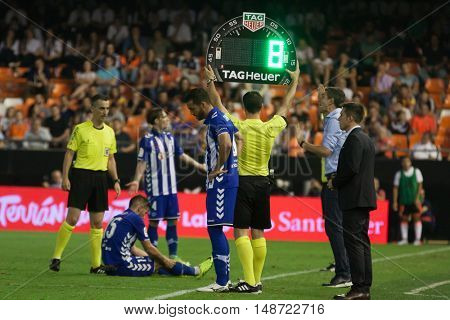VALENCIA, SPAIN - SEPTEMBER 22nd: Various players during Spanish soccer league match between Valencia CF and Deportivo Alaves at Mestalla Stadium on September 22, 2016 in Valencia, Spain
