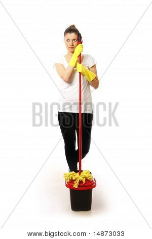 Frau mit einem Mopp