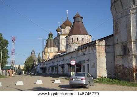 YAROSLAVL REGION, RUSSIA - AUGUST 22, 2015: Old square at the entrance to the Borisoglebskii monastery. Religious landmark  of the Yaroslavl region