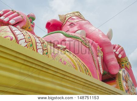Ganesha statue The Hindu god Aspire to attain wishlist.
