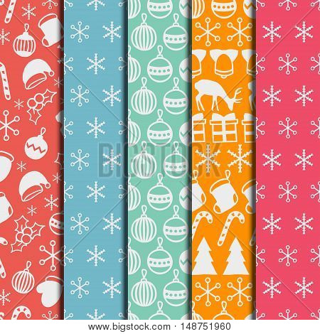 Merry Christmas and Happy New Year 2017 set. Christmas season hand drawn seamless pattern. Vector illustration. Doodle style. Decorations. Winter holiday backgrounds for design. Deer, snowflakes