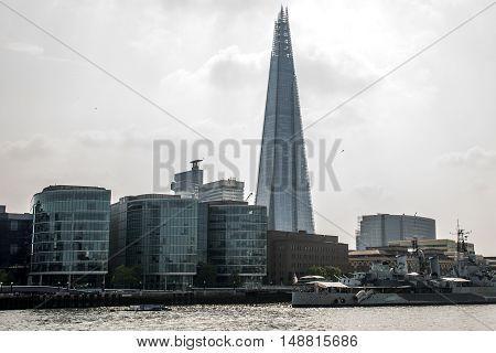 London Skyline the shard skyscraper near river themse