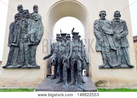 arad city romania reconciliation park statue landmark