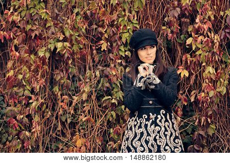 Autumn Fashion Woman Wearing Trendy Hat and  Coat