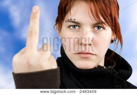 böse Mädchen Ergebnis Mittelfinger