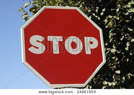 parada de señalización del tráfico