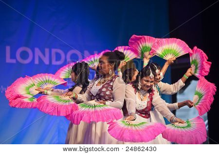 Indian Diwali dancers