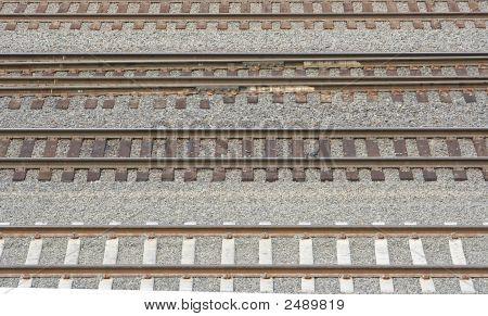 Contrasting Tracks