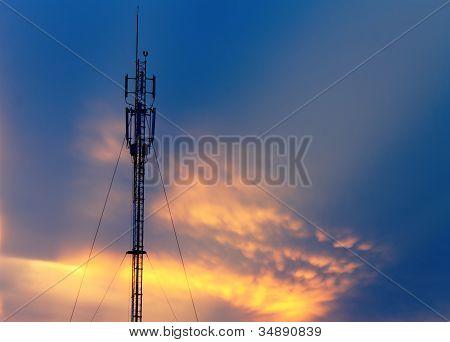 antenna silhouette