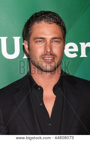 LOS ANGELES - APR 22:  Taylor Kinney at the NBCUniversal Summer Pres Day 2013 at the Huntington Langham Hotel on April 22, 2013 in Pasadena, CA