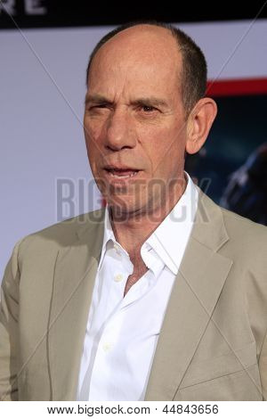LOS ANGELES - APR 24:  Miguel Ferrer arrives at the