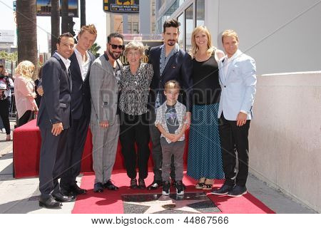 LOS ANGELES - APR 22:  Backstreet Boys, Guests at the ceremony for the