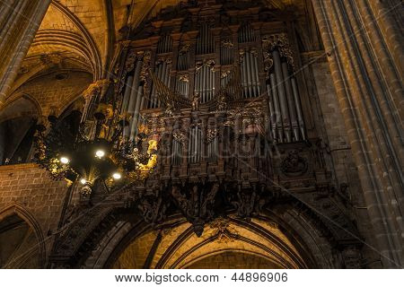 BARCELONA - MARCH 31: Interior of Cathedral of the Holy Cross and Saint Eulalia,  on March 31, 2013 in Barcelona, Spain