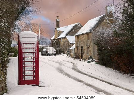 Cotswold Cottages In Snow