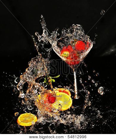 Spilling water and fruits
