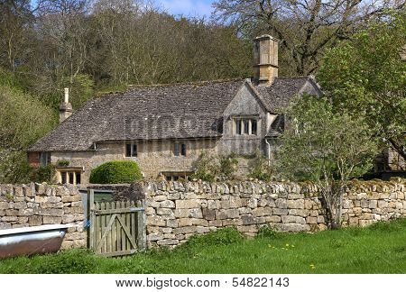 Cotswold Home, Gloucestershire