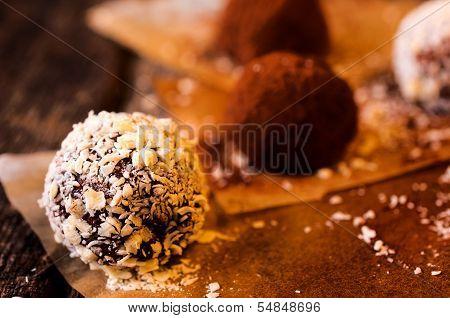 Coconut Praline