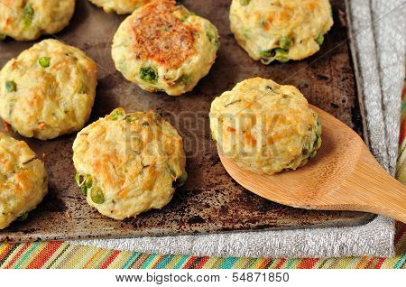 Baked Potato Patties With Turkey, Cheese And Peas